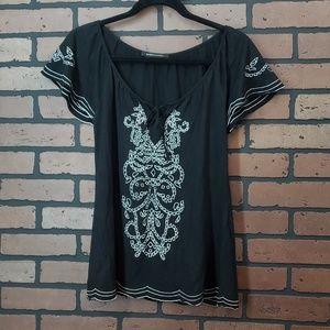 BCBGMaxAzria short sleeve boho top